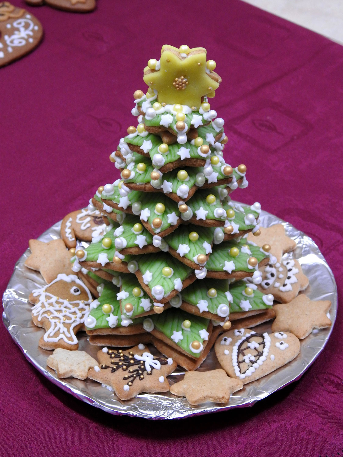 gingerbreadtree01