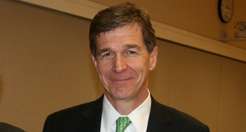 Roy Cooper (Wake Forest University/Flickr).