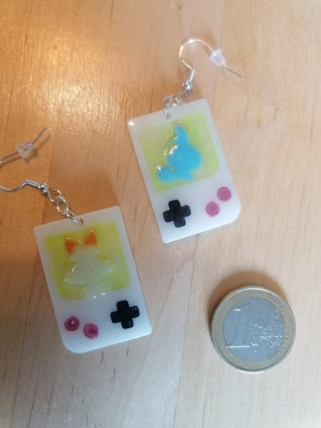 Original Game Boy silhouettes with Galar Starters as earrings