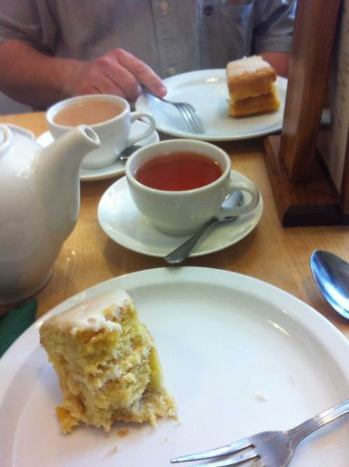 hepton_tea_and_cake