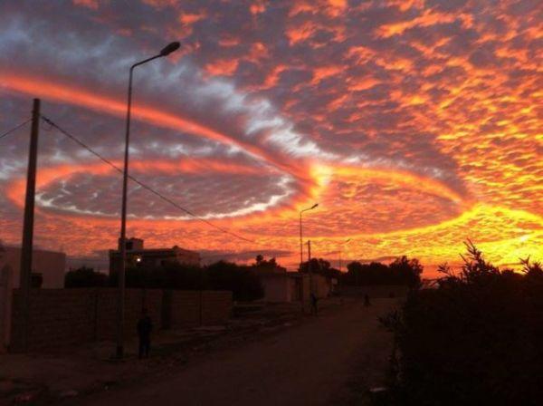 Strange and beautiful cloud pattern