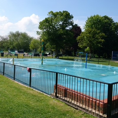 Splash Parks Bedfordshire | Buckinghamshire | Hertfordshire | Oxfordshire | Free Time with the Kids