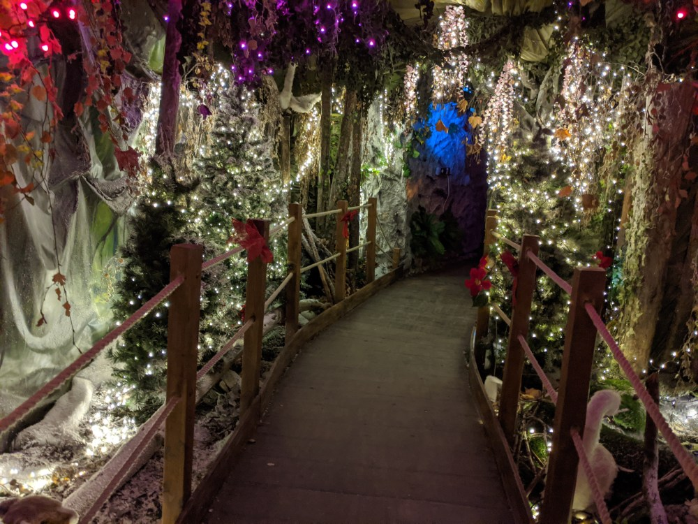 World's end nursery Winter Wonderland walk-through Review | Free Time with the Kids