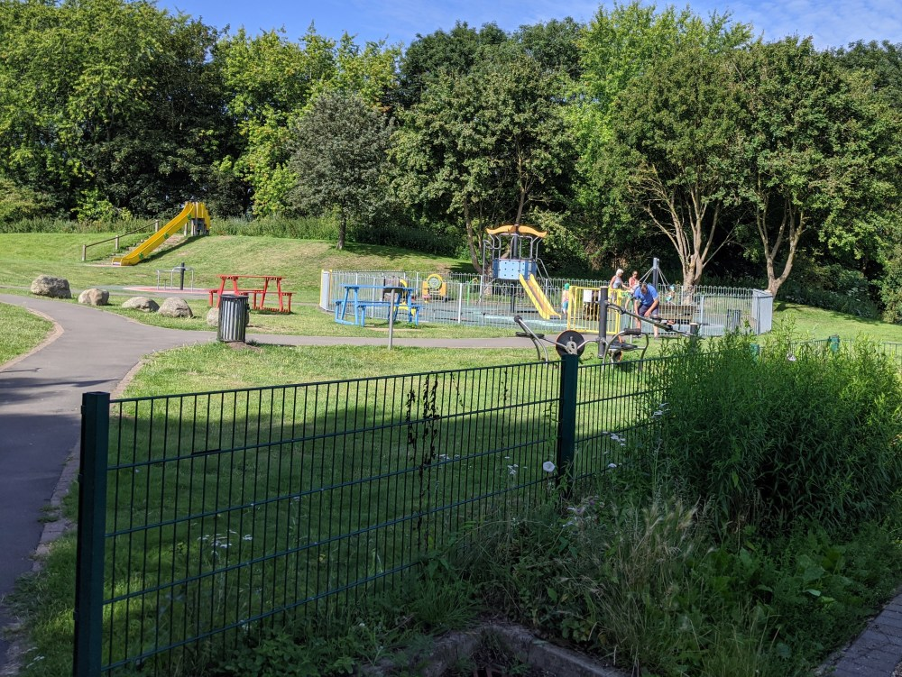 Southern Road Recreation Ground Review, Thame | Playgrounds in Thame, Oxfordshire | Review by Free Time with the Kids