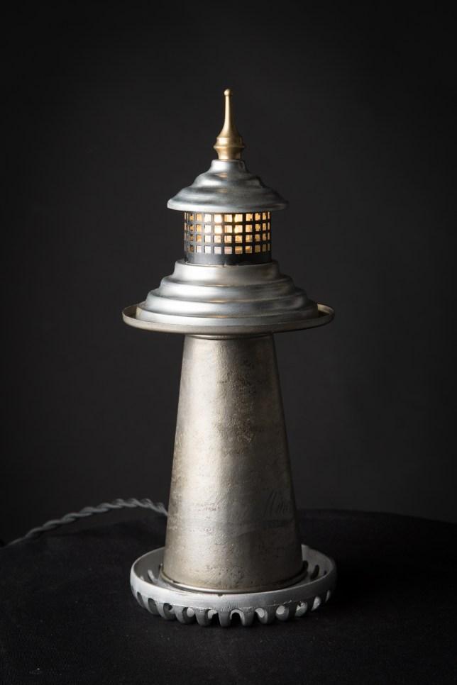 lampe vintage phare