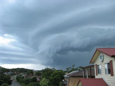 Storm_Approaching_Anna_Bay