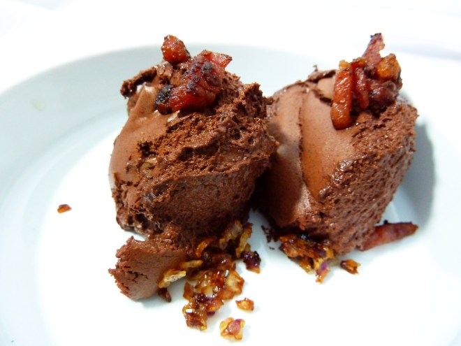 Food Pairing: Mousse au Chocolat Dill Bacon Zwiebeln