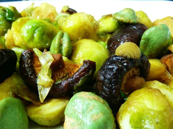Rosenkohl Shiitake Wasabi Erdnüsse 2