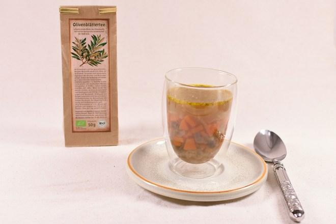 Ribollita Olivenblätter in Glas 1