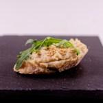 Büro Snack Vegan: Canapés mit Hummus, Rucola und Arganöl