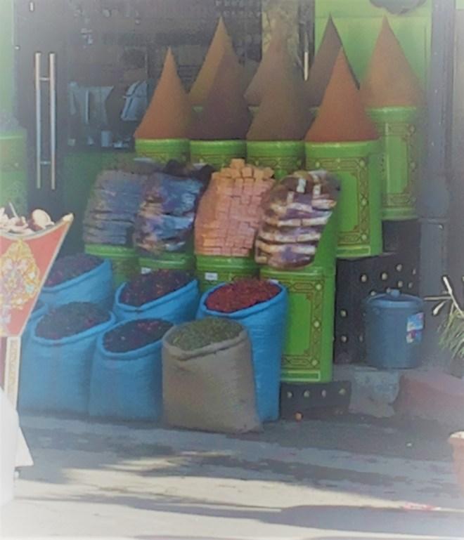 Gewürze in den Souks von Marrakech