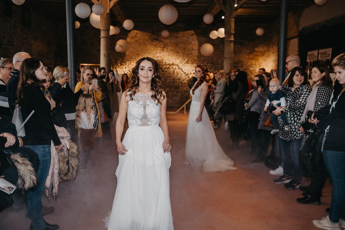 Brautmode von Brautatelier Marie Mariage