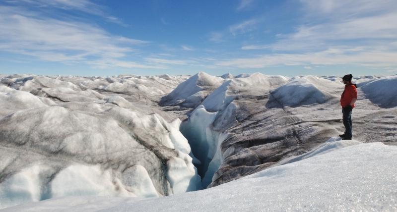Am Rande einer Gletschermühle