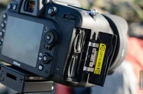 Nikon D7100 Speicherkartenfach