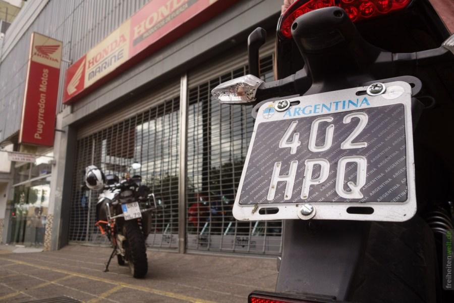 Argentina - vor dem KTM - Laden