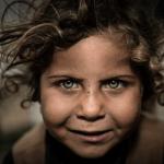 Spuren der Hoffnung. Im Gespräch mit Krisenfotograf Johannes Müller