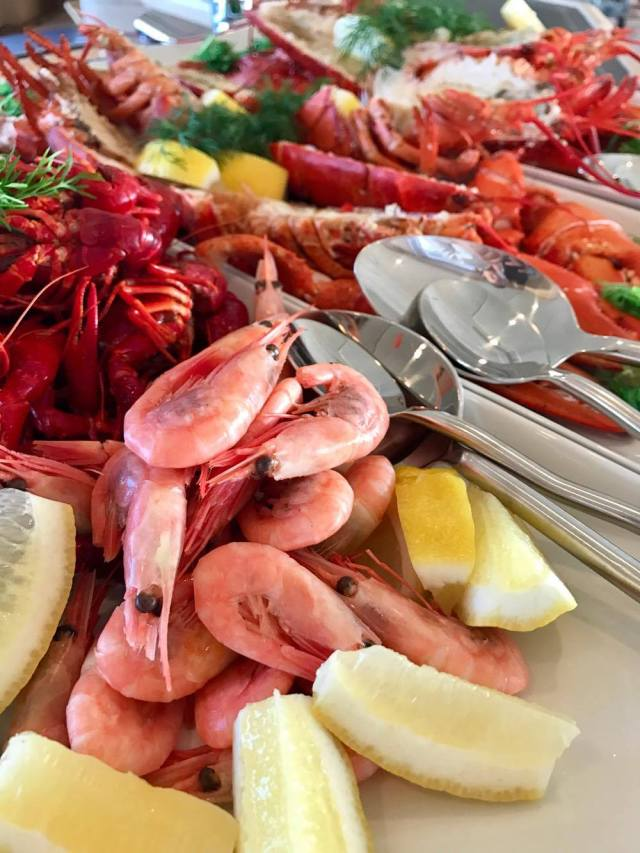Boat trips with Seafood Dinning in the fjord of Oslo / Sunset cruise