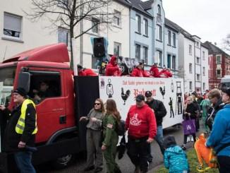 """""""Steeler Jecken""""-Wagen in Freisenbruch"""