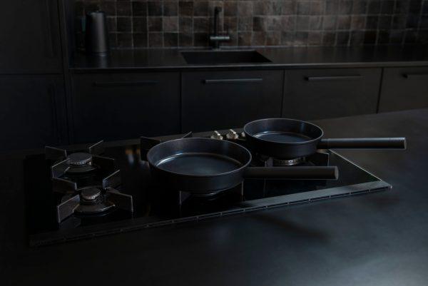 Combekk Aluminium Bratpfanne recycelt mit geradem Rand 26cm schwarz