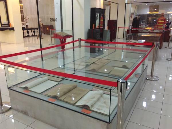 Koleksi Buku Catatatn Tua Museum Surabaya