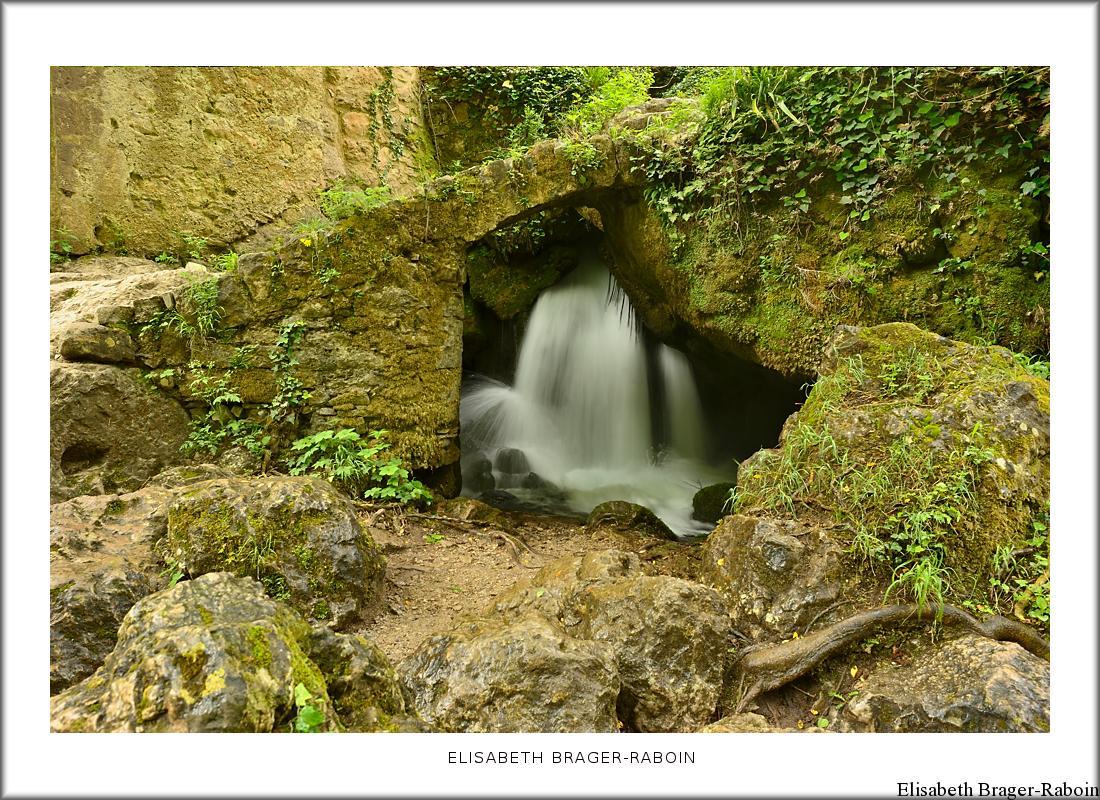 Petit pont de pierre - Moulin de la Foux