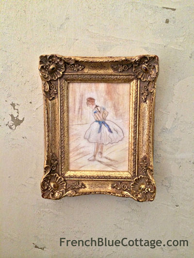 degas chalk on wall - frenchbluecottage_opt