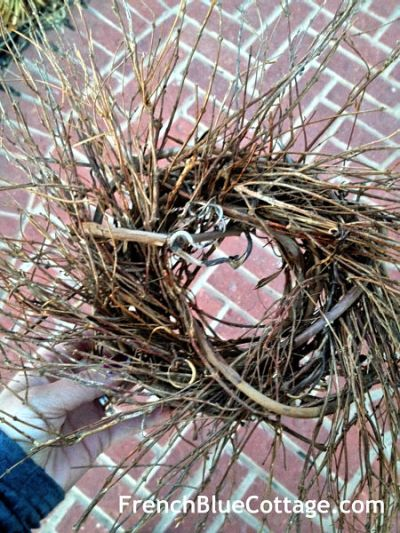 twiggy nest wreath_opt