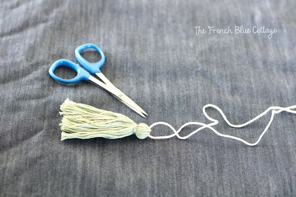 Trim thread tassel for diy keychain.