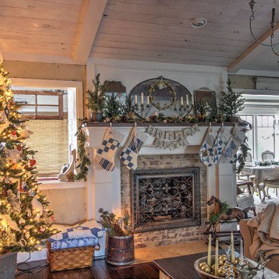 French Country Christmas Decor: Holiday Home 2019