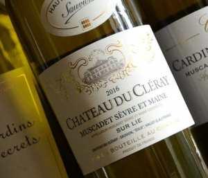 Chateau e Cleray wine