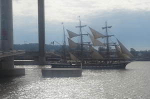 Sailing ship Belem passing through the bridge