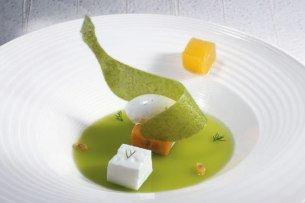 pea jelly with banana and lime ice cream