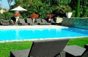 accommodation_img-provence-cooking-swimmingpool