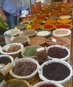 day5_img-market-spices