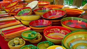 day5_img-provence-market-pottery