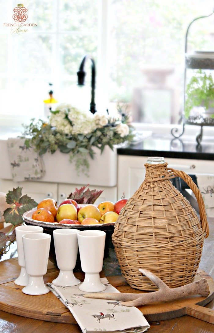 Welcoming fall home tour for French country house blog
