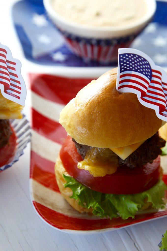 all-American-hamburger-sliders-on-the-grill-recipe