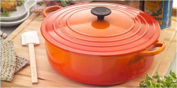 10 french kitchen must haves french girl in seattle - Cocotte minute le creuset ...