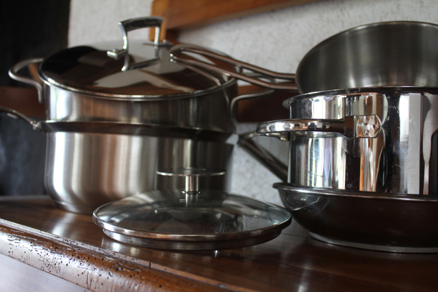 Comme Une Casserole – French Expression