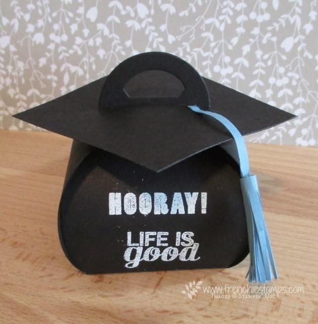 Graduation Cap with Curvy Keepsake Box