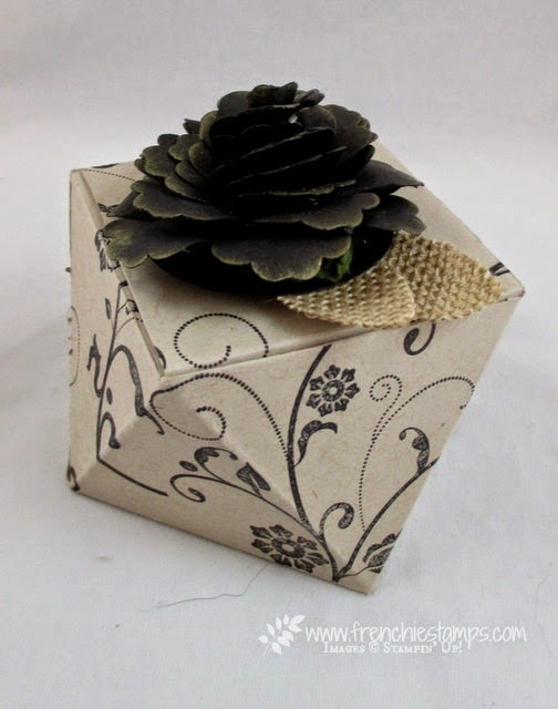 Pootles Faceted Box