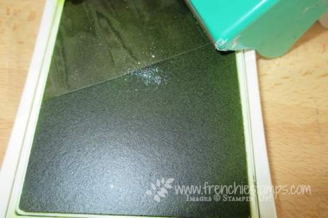 Tip of the Day Cleaning your ink Pad Detailed Floral Thinlits