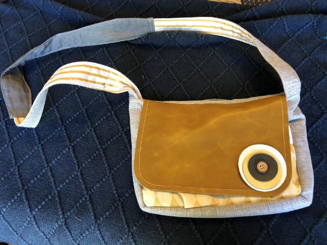 Fabric purse 20.00