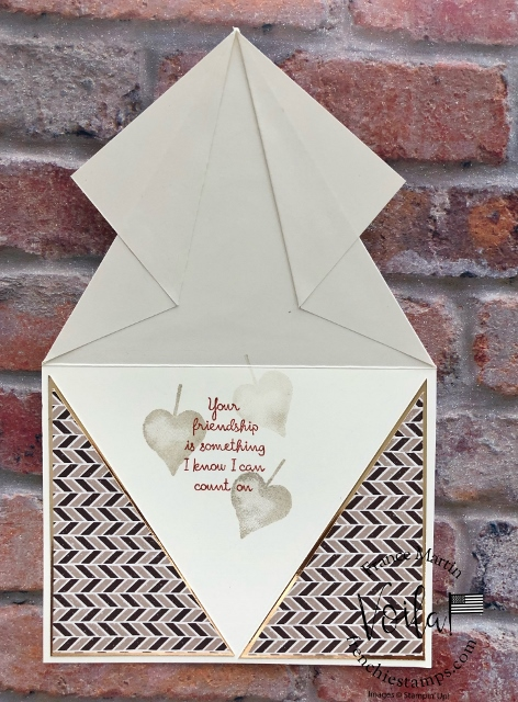 How to make a Arrow Fold Card.