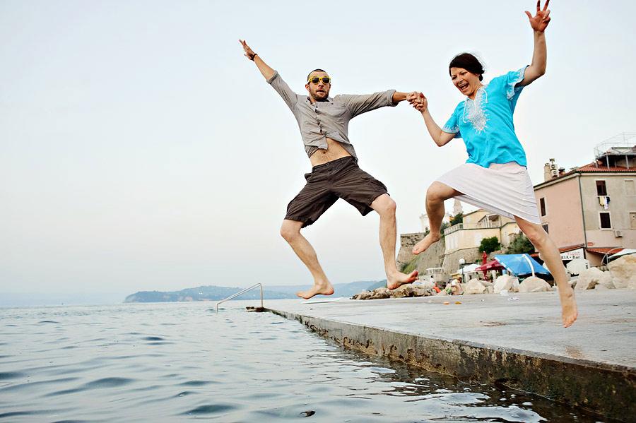 fun_photo_shoot_at_the_water_by_samo-11