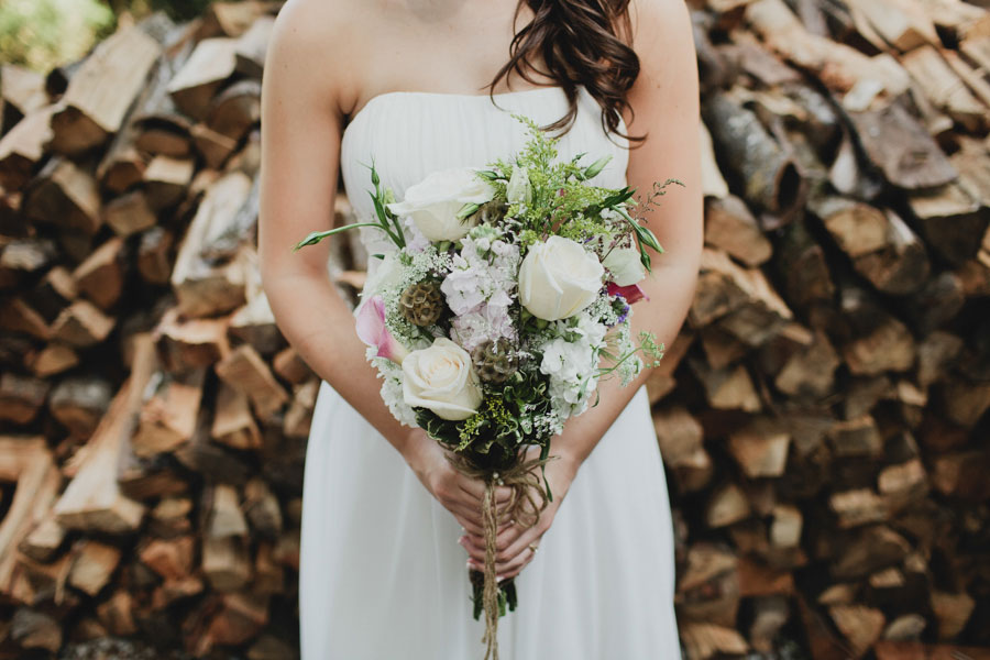 AirBnB-wedding-in-the-woods-05
