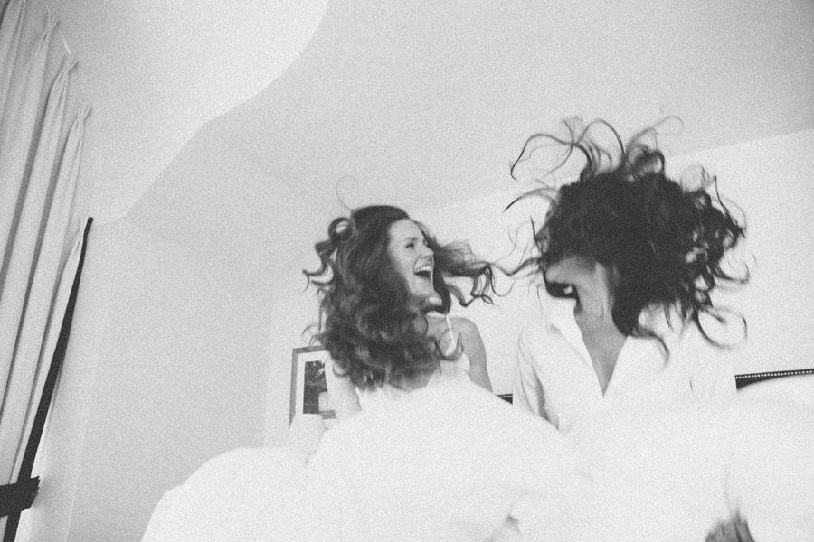 intimate-lesbian-photo-shoot-05