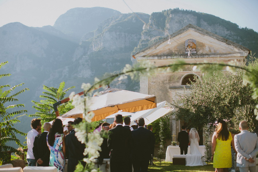 Fantastic-Venue-in-the-Italian-Mountains-with-a-View-on-the-Sea-14