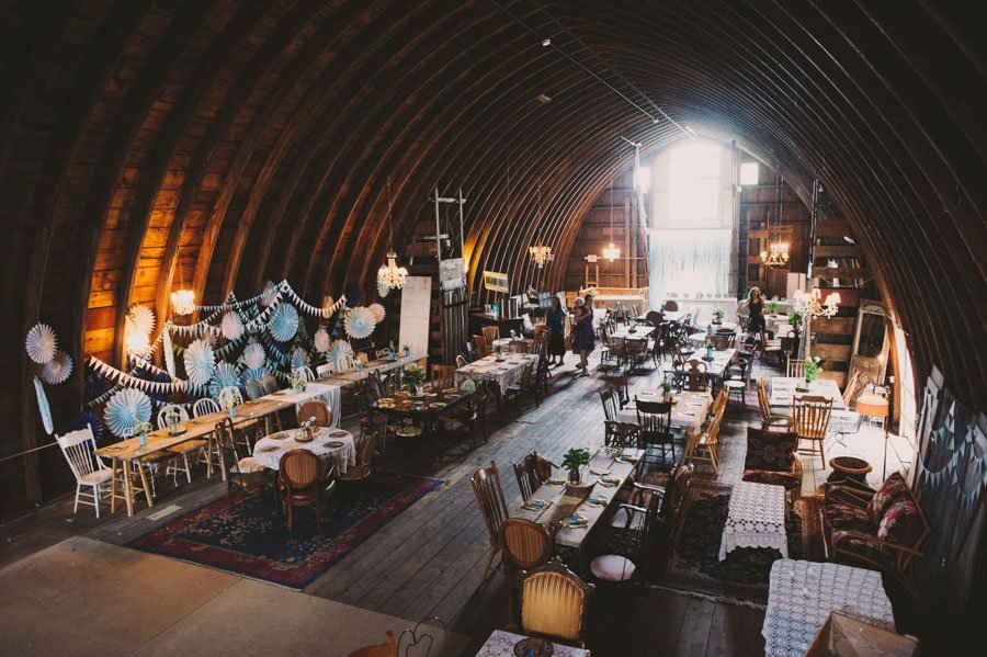 BOD201311-the-ultimate-barn-wedding-08