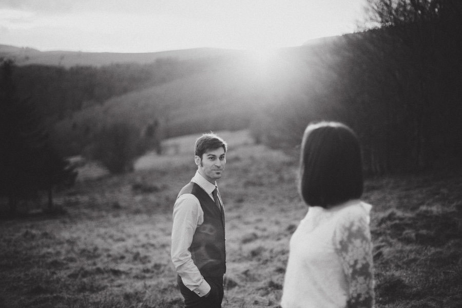 post-wedding-session-in-the-woods-photography-by-winter-15